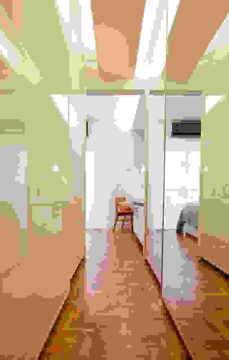Apartamento Alameda Jaú Closets por studio scatena arquitetura Moderno