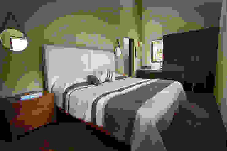 Casa Avandaro Dormitorios modernos de Concepto Taller de Arquitectura Moderno