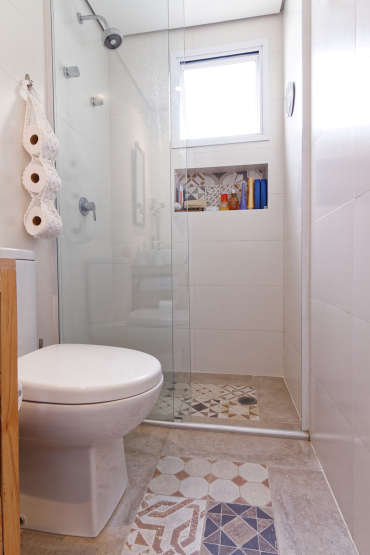 Apartamento Parque Butantã – 50m² Banheiros minimalistas por Raphael Civille Arquitetura Minimalista