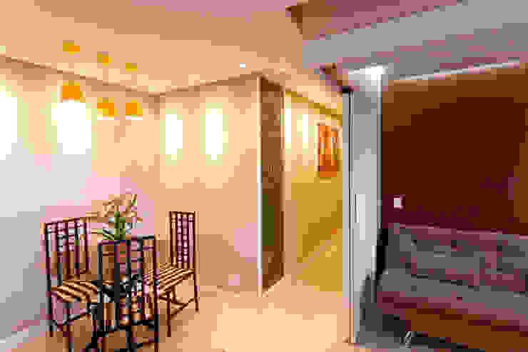 Apartamento Parque Butantã – 50m² Salas de jantar minimalistas por Raphael Civille Arquitetura Minimalista