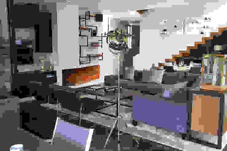 Casa Avandaro Salas multimedia modernas de Concepto Taller de Arquitectura Moderno