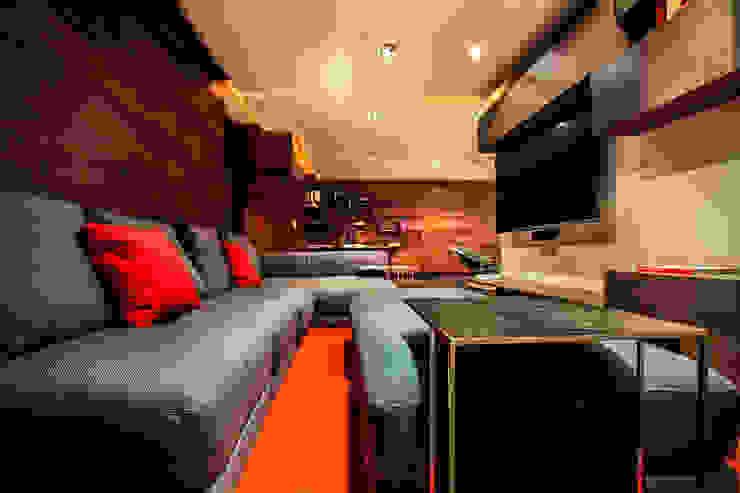 Départamento Vidalta Salas multimedia modernas de Concepto Taller de Arquitectura Moderno