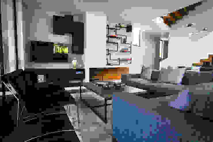 Casa Avandaro Salones modernos de Concepto Taller de Arquitectura Moderno