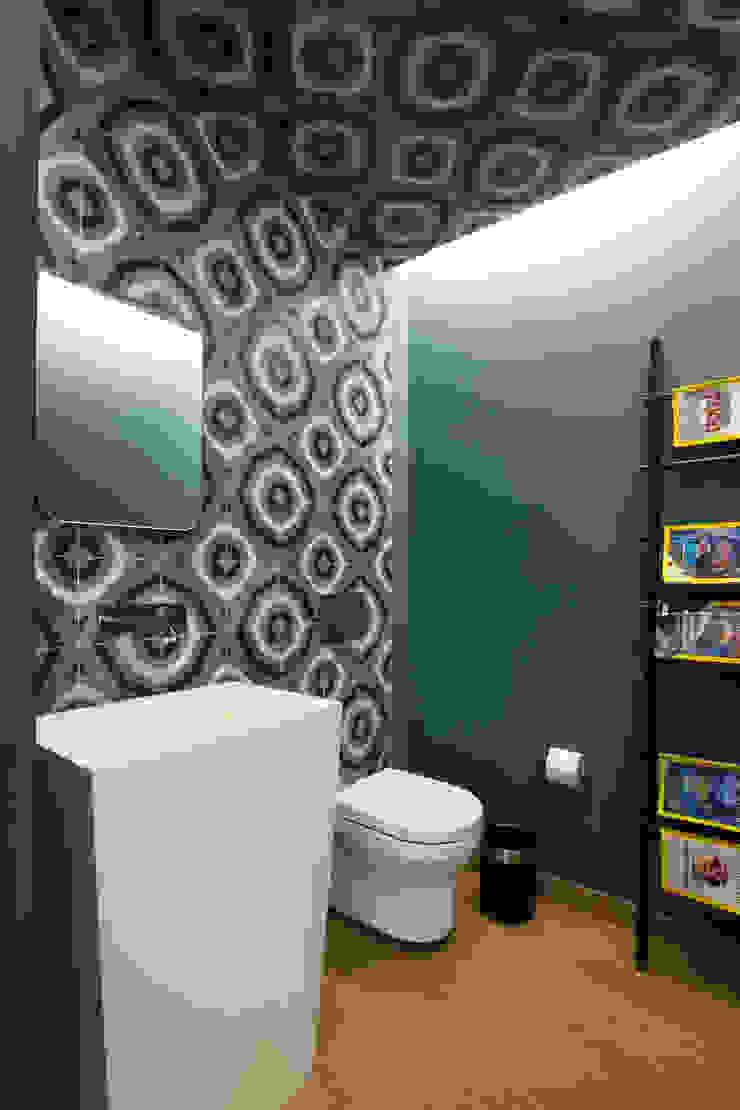 Modern bathroom by Concepto Taller de Arquitectura Modern