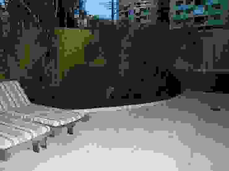 Bambu Rei Eco-Design Taman Gaya Rustic