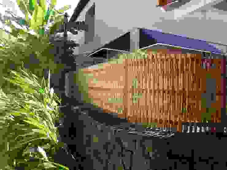 Bambu Rei Eco-Design Rumah Gaya Rustic