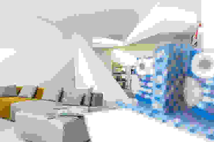 Dicotomia do Instável Lojas e Espaços comerciais modernos por Office of Feeling Architecture, Lda Moderno