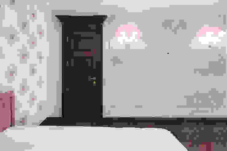 Двери дубовые межкомнатные с карнизом от Lesomodul Классический