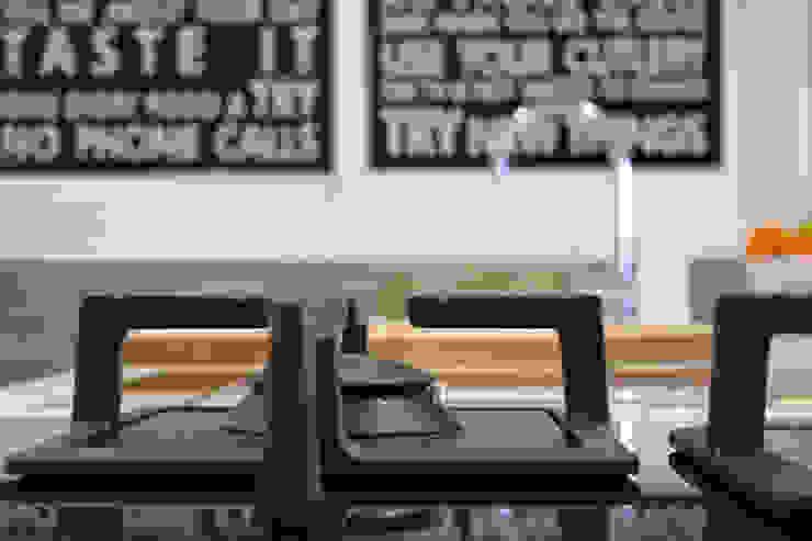 08960 Av generalitat de Catalunya Cocinas de estilo minimalista de FiS interiorismo Minimalista