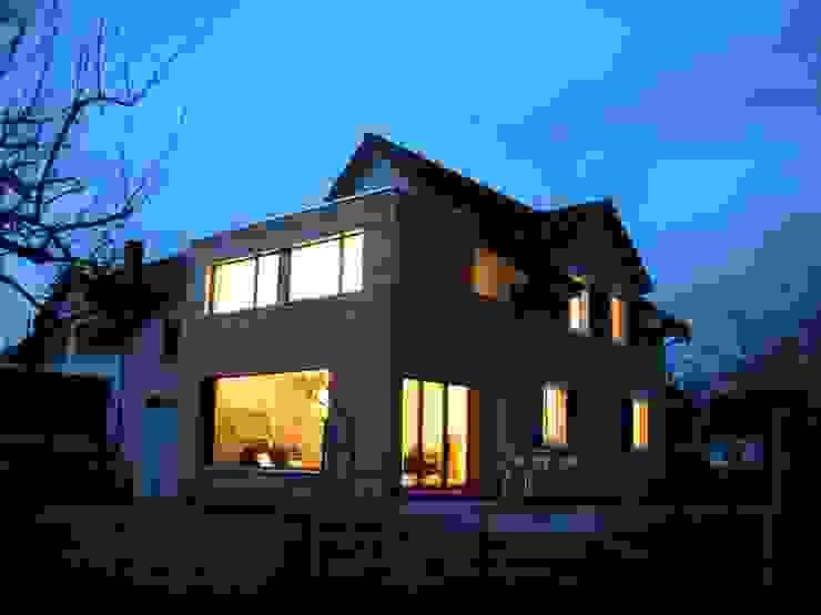 Nowoczesne domy od 5 Architekten AG Nowoczesny