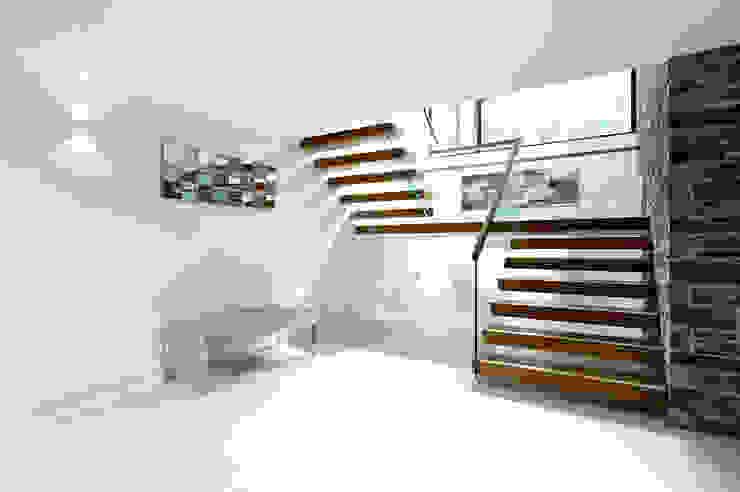 Redwoods, Wimborne, Dorset Modern Corridor, Hallway and Staircase by Jigsaw Interior Architecture Modern