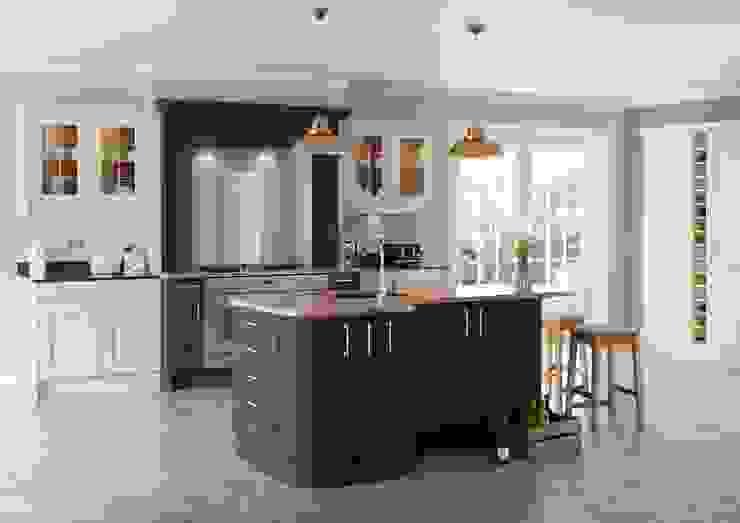 Saltaire Painted Graphite Shaker Island | Sigma 3 Kitchens Sigma 3 Kitchens Dapur Klasik
