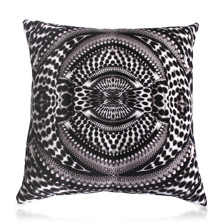 PIED KINGFISHER CUSHION Wolf And Badger HouseholdTextiles