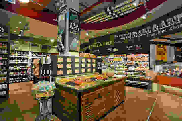 Whole Food Market Richmond Branch. Spazi commerciali in stile eclettico di Garnett + Partners LLP Eclettico