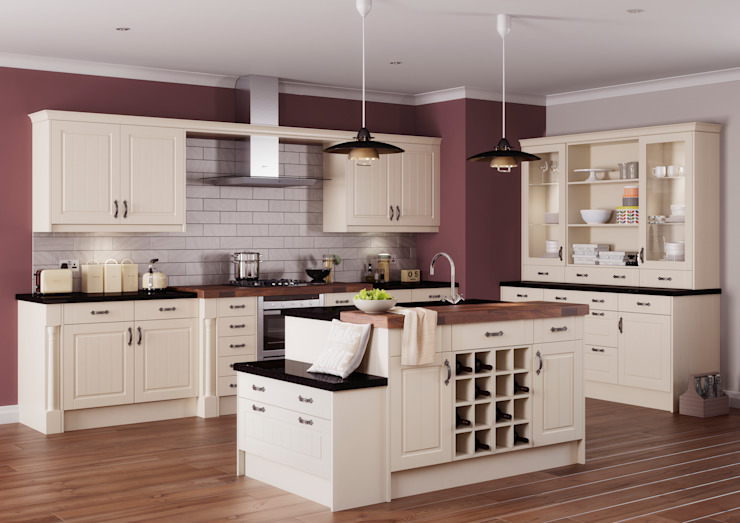 Arran Ivory Island | Sigma 3 Kitchens Classic style kitchen by Sigma 3 Kitchens Classic