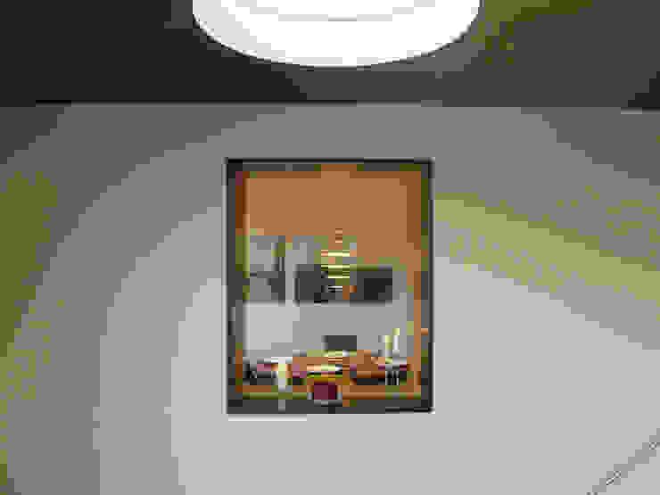 Fenster Altbau Minimalistische Fenster & Türen von wilhelm und hovenbitzer und partner Minimalistisch