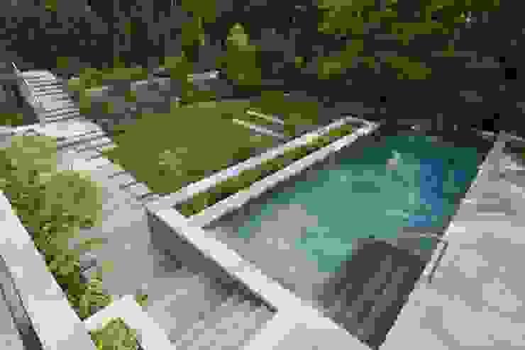 Piscine moderne par Paul Marie Creation Garden Design & Swimmingpools Moderne