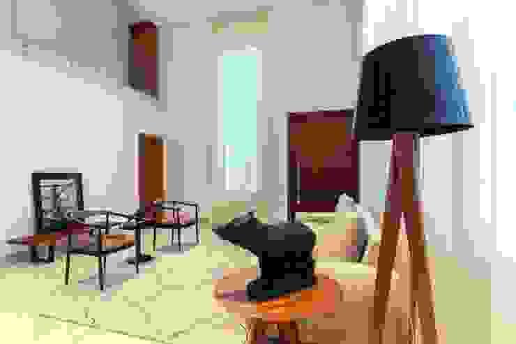 Tony Santos Arquitetura: modern tarz , Modern
