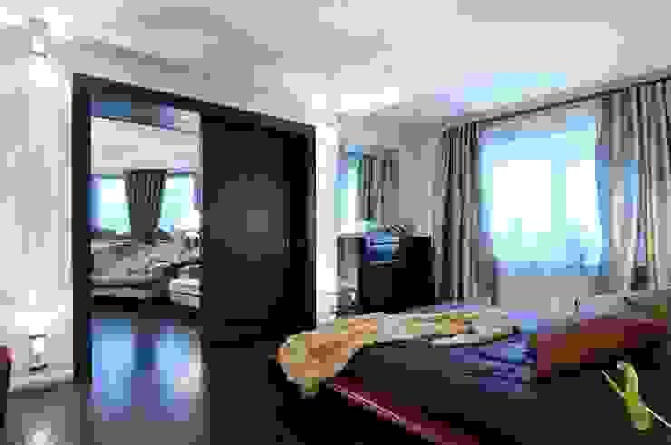 Квартира как номер-сьют в отеле. Спальня в стиле модерн от Меречко Людмила Модерн