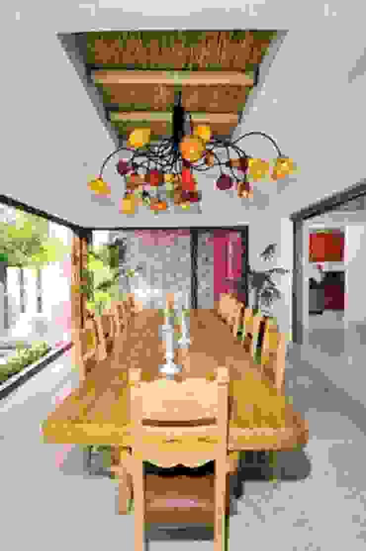 CASA MÉXICO Dining roomTables