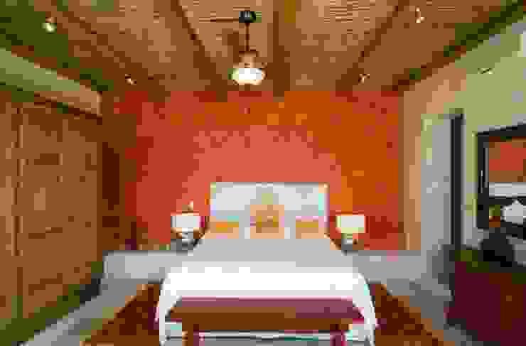 CASA MÉXICO BedroomBeds & headboards