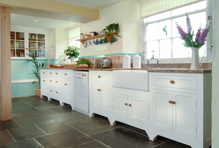 Free Standing Country Kitchen Samuel F Walsh Furniture Cocinas de estilo rural