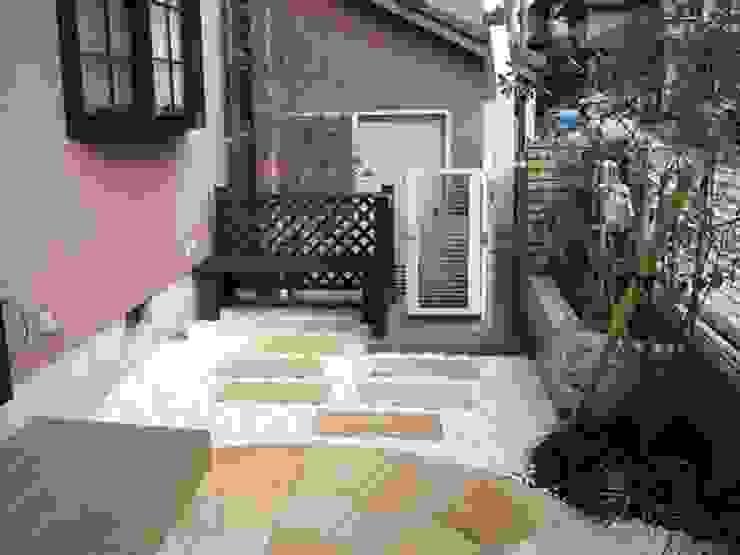 ローメンテナンスガーデン 2007 オリジナルな 庭 の アーテック・にしかわ/アーテック一級建築士事務所 オリジナル