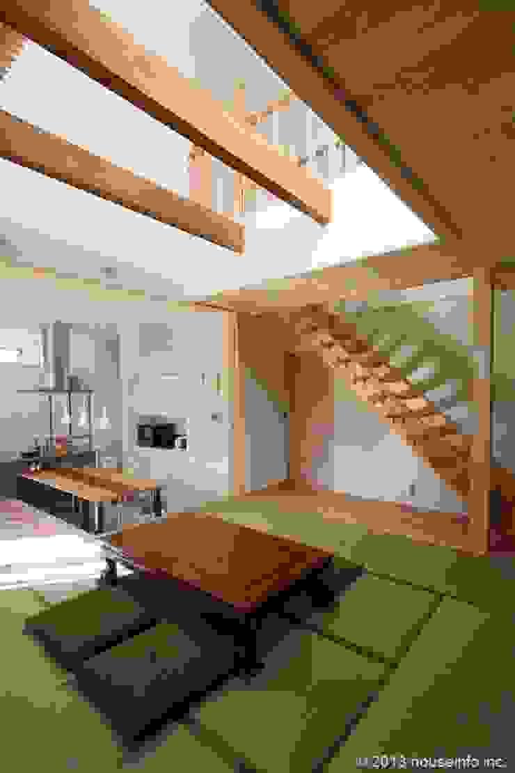 築39年の我が家に後30年快適に住まう!(リフォーム) クラシカルスタイルの 玄関&廊下&階段 の (株)ハウスインフォ クラシック