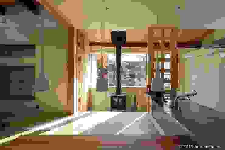 築39年の我が家に後30年快適に住まう!(リフォーム) クラシックデザインの 多目的室 の (株)ハウスインフォ クラシック