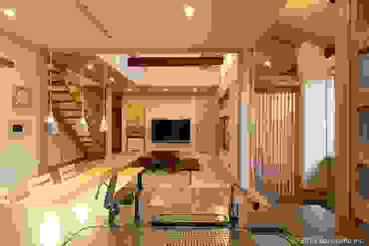 (株)ハウスインフォ Living room