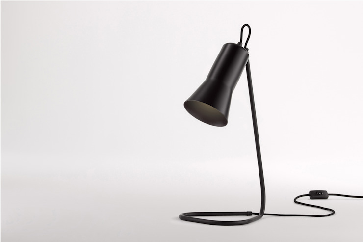 Ross Gardam lampa stołowa The Silhouette zaprojektowana i wyprodukowana w Australii od ilumia.pl Nowoczesny