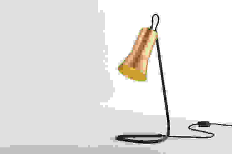 Ross Gardam lampa stołowa The Silhouette zaprojektowana i wyprodukowana w Australii od ilumia.pl Skandynawski
