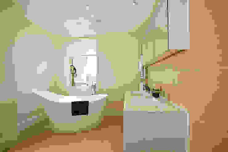22 Chaddesley Glen Modern bathroom by David James Architects & Partners Ltd Modern