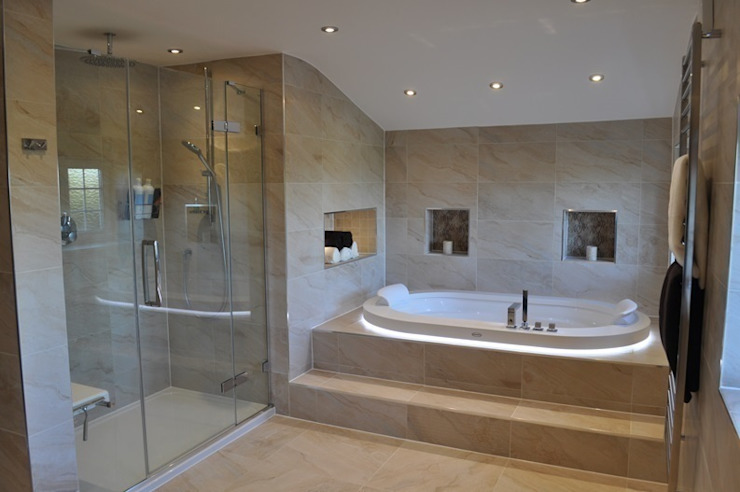 Bath & Shower View من Daman of Witham Ltd حداثي
