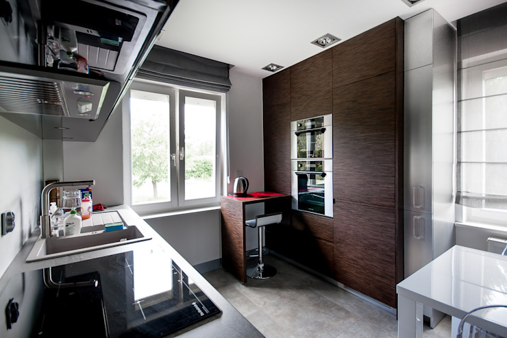 Cucina moderna di Inspiration Studio Moderno