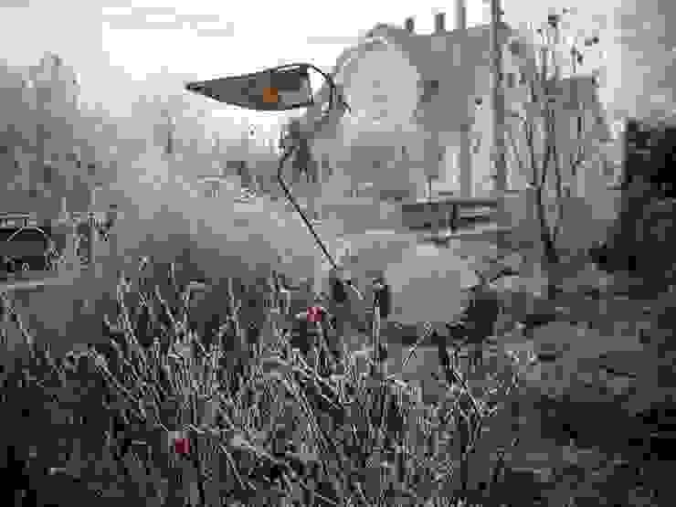 Héron en hiver Balcon, Veranda & Terrasse originaux par monique bornert Éclectique