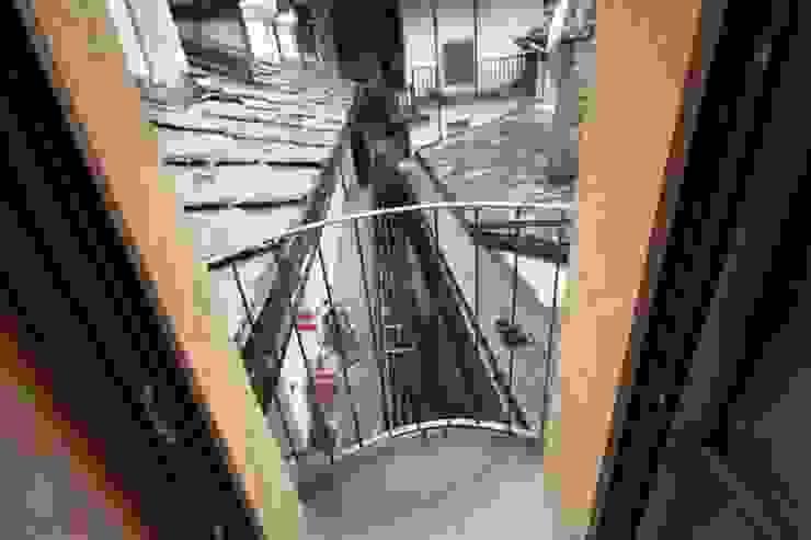 balconcino di Agenzia San Grato di Marcoz Carlo Classico