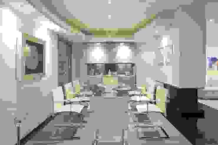 Interiorismo y decoracion de apartamento de lujo en el centro de Granollers. de Ojinaga Moderno