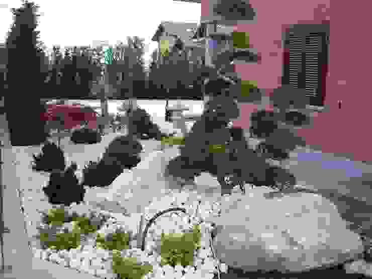 Vườn by Azienda agricola Vivai Romeo