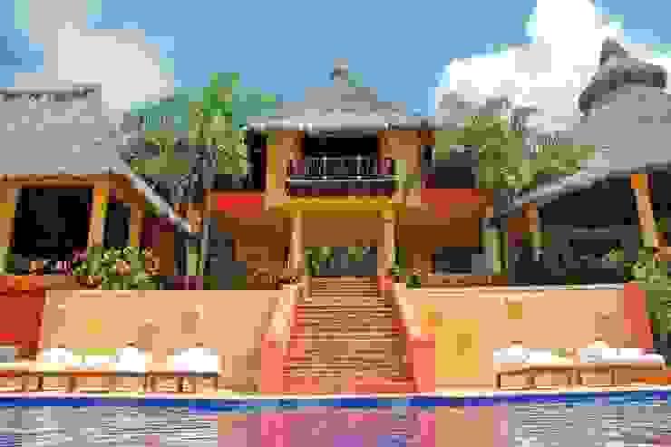 Casa Mis Amores Balcones y terrazas tropicales de BR ARQUITECTOS Tropical