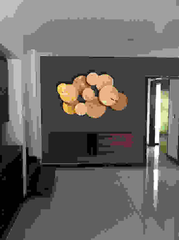 INGRESO Salas multimedia modernas de MINT INTERIORISMO Moderno