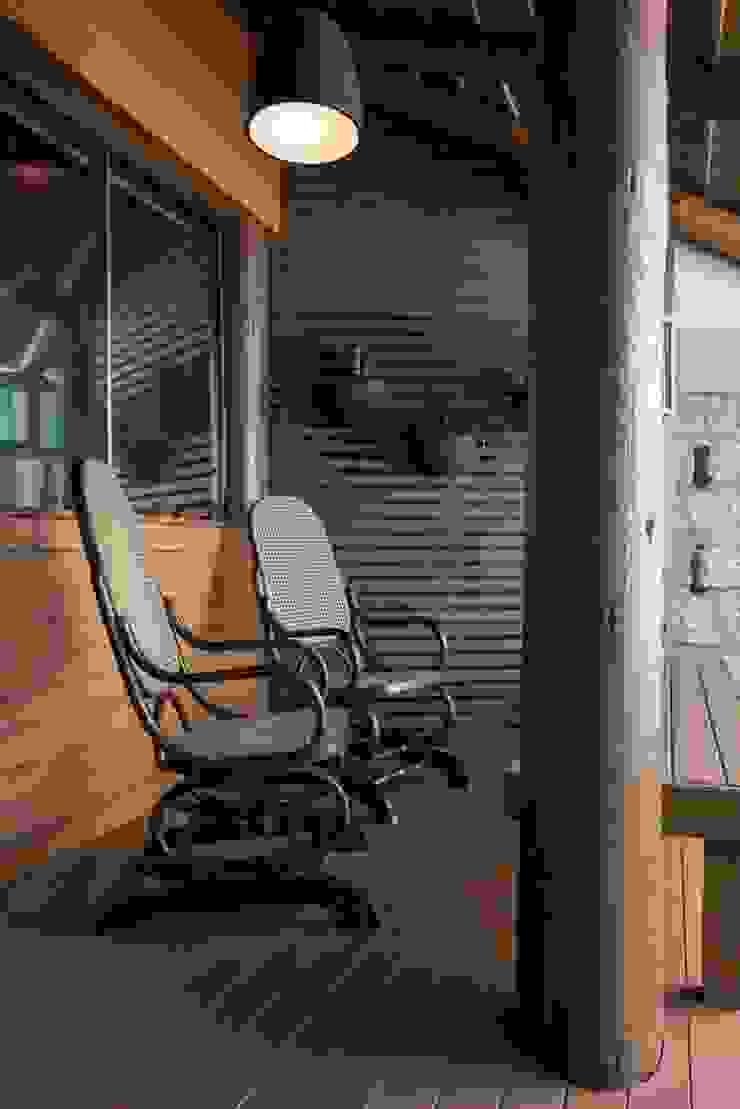 PAM   Quiosque Zona Sul Varandas, alpendres e terraços modernos por Kali Arquitetura Moderno