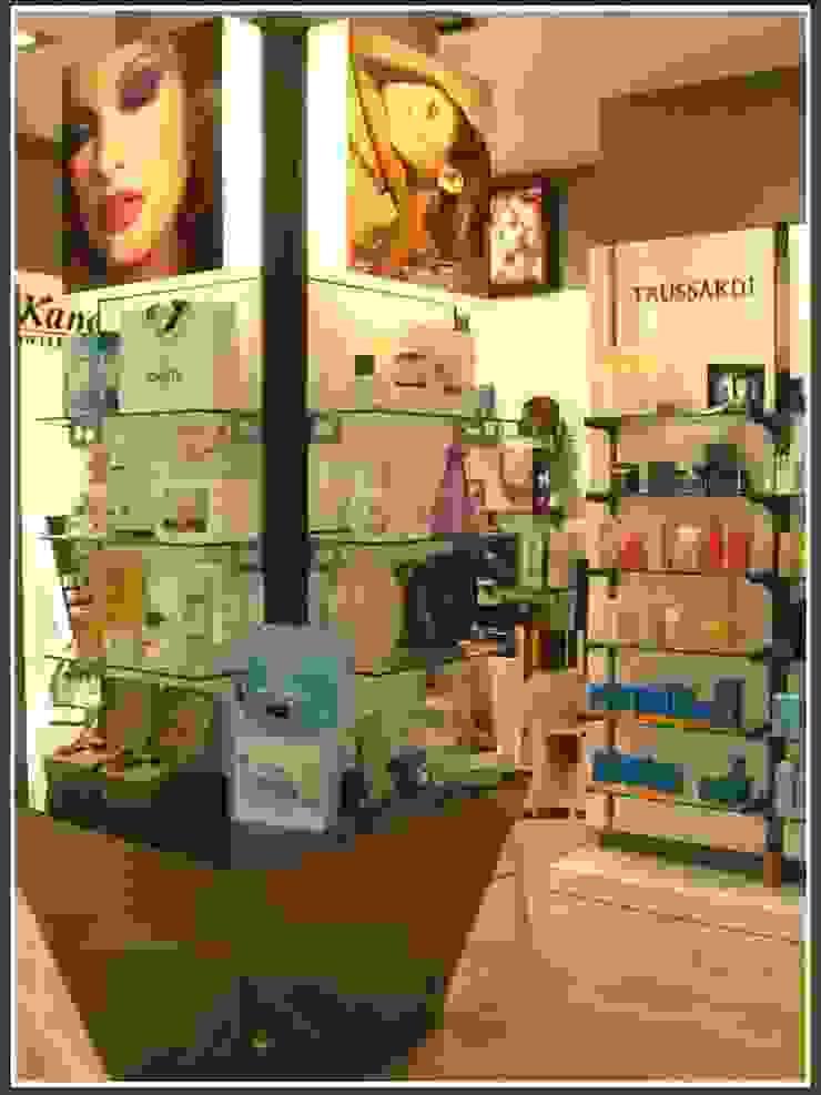 Perfumería Essence Espacios comerciales de estilo moderno de AG INTERIORISMO Moderno