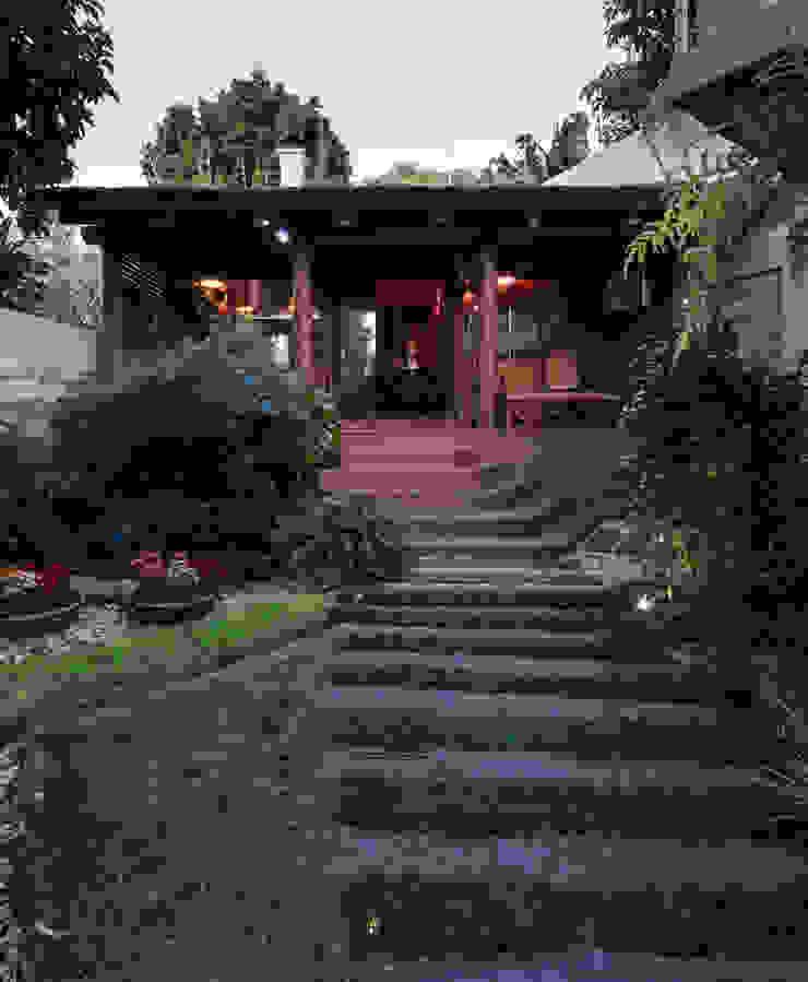 PAM   Quiosque Zona Sul Jardins modernos por Kali Arquitetura Moderno