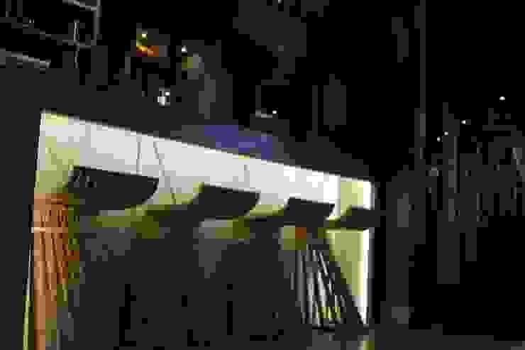 BAR Espaços gastronômicos industriais por Gabriela Herde Arquitetura & Design Industrial
