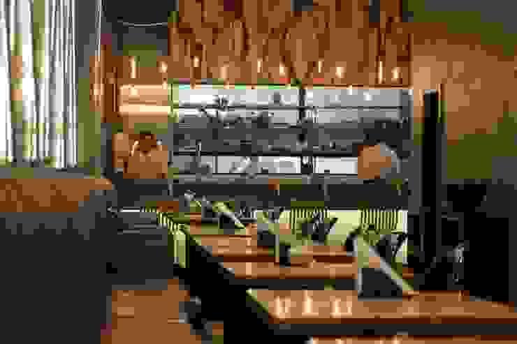 SALAO PRINCIPAL Espaços gastronômicos industriais por Gabriela Herde Arquitetura & Design Industrial