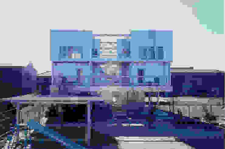 北側外観 モダンな 家 の 井戸健治建築研究所 / Ido, Kenji Architectural Studio モダン