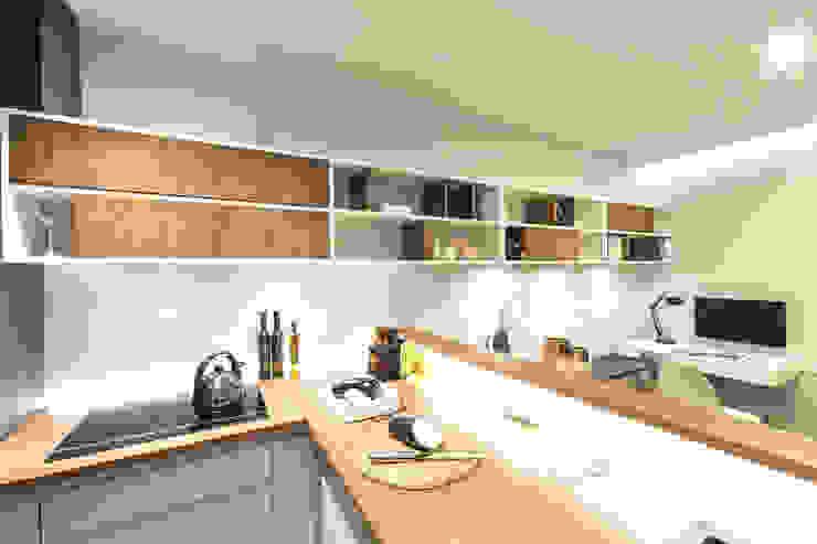 Mieszkanie – Warszawa – 45 m2 Nowoczesna kuchnia od Mprojekt Nowoczesny