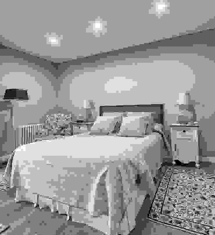DORMITORIO PRINCIPAL Dormitorios de estilo clásico de PRIBURGOS SLU Clásico