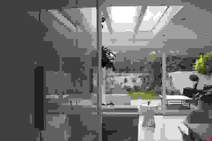 Ground floor kitchen / dinning area AZ INTERIORS Scandinavian style dining room